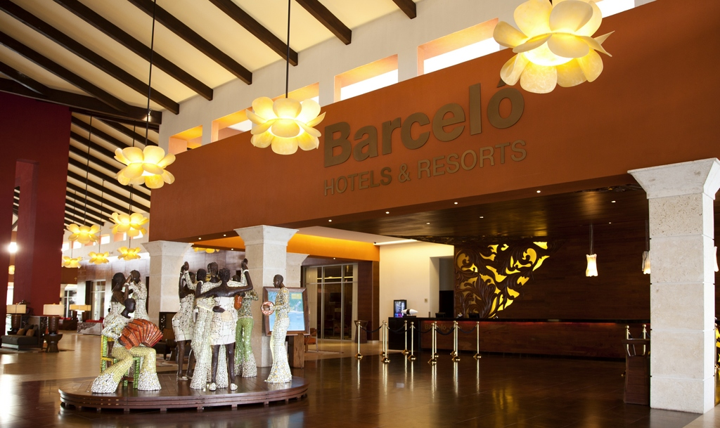 Barcelo Bavaro Palace Deluxe Modern Vacations