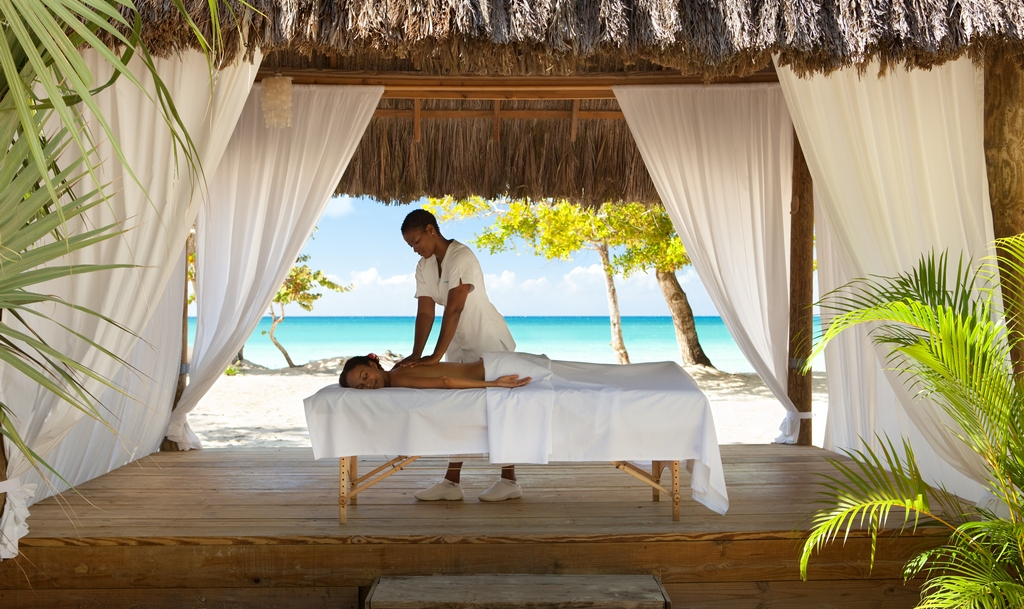 Aruba All Inclusive >> Couples Negril - Modern Vacations