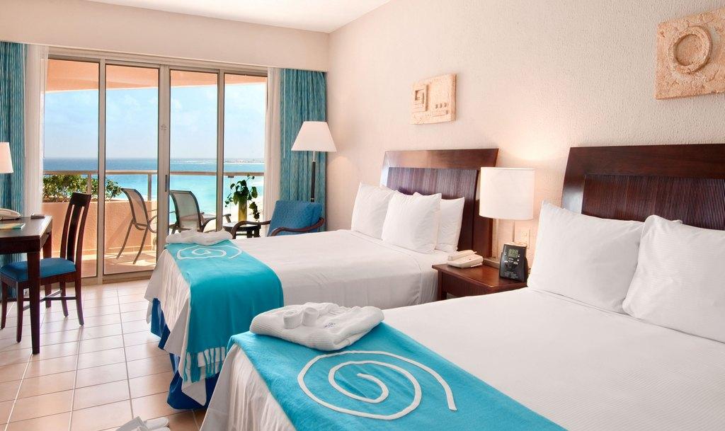 Iberostar Cancun Modern Vacations