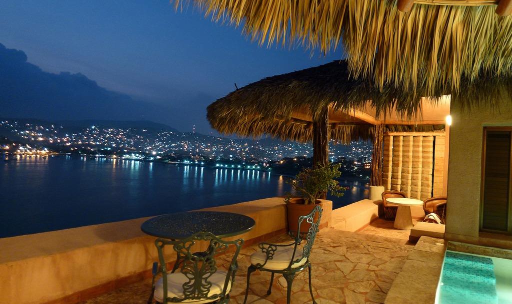 La casa que canta modern vacations for La mansion casa hotel apurimac