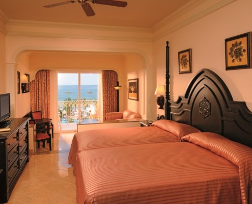 Riu Palace Pacifico Modern Vacations