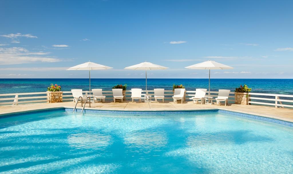 Couples Sans Souci Modern Vacations