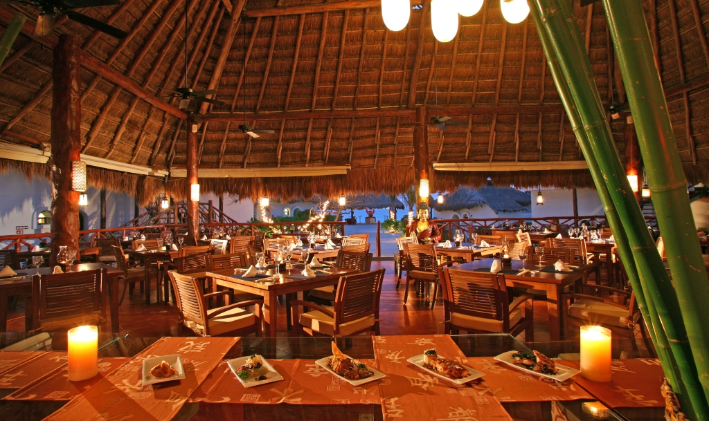 El Dorado Royale Amp Casitas Royale Modern Vacations