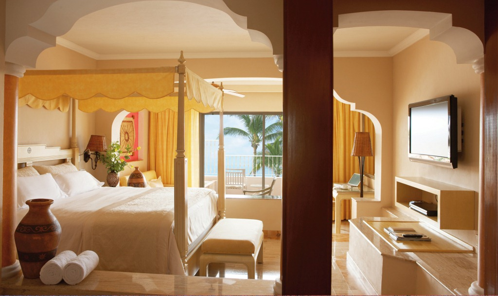 Punta Cana Resorts >> Excellence Riviera Cancun - Modern Vacations