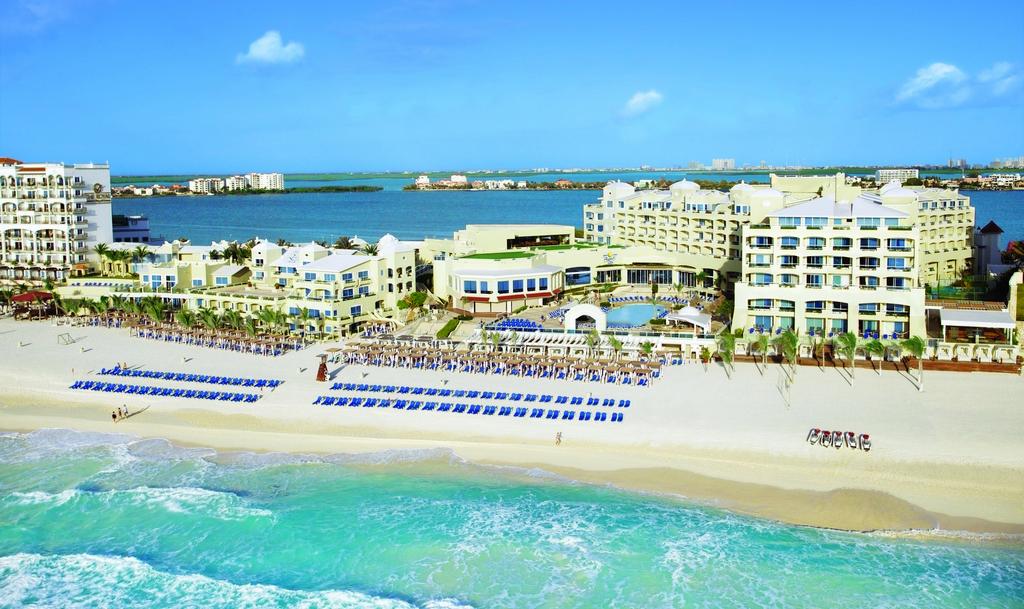 Aruba Grand Hotel
