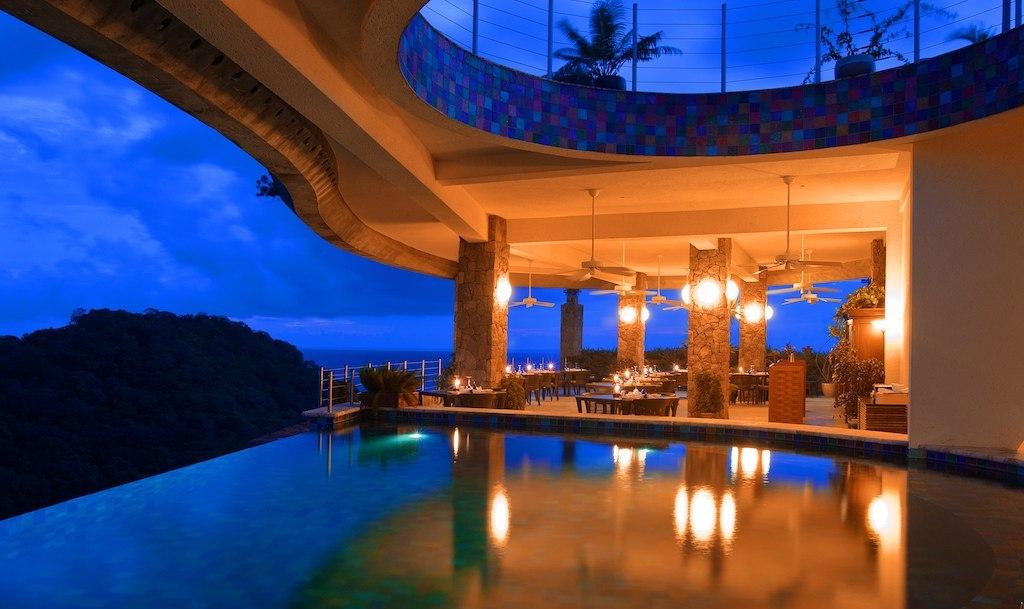 Jade Mountain Resort - Modern Vacations