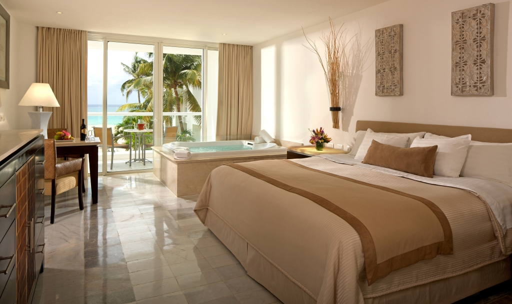 Playacar Palace Modern Vacations